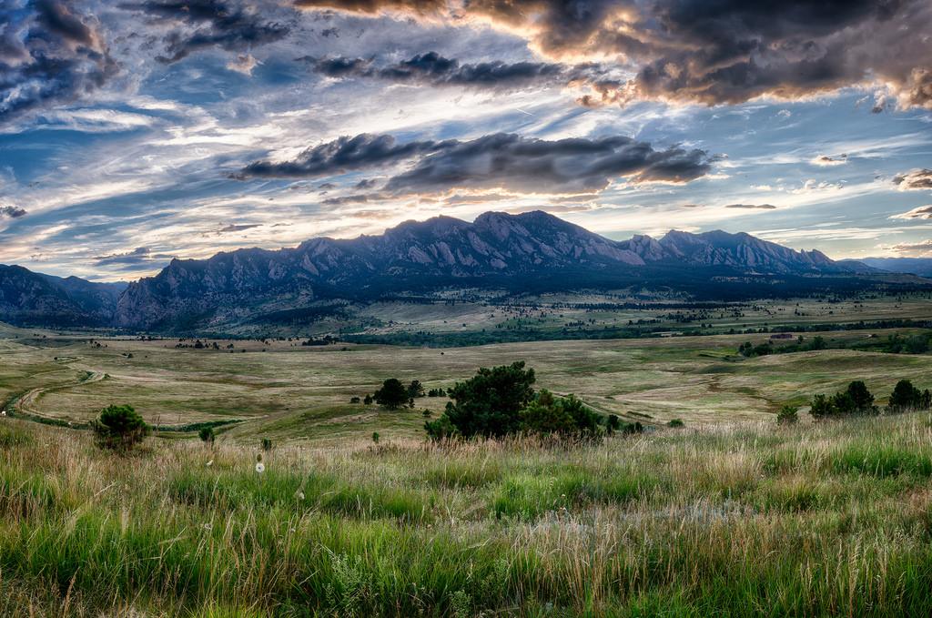 colorado-mountains-1024-x-679-must-paste-code